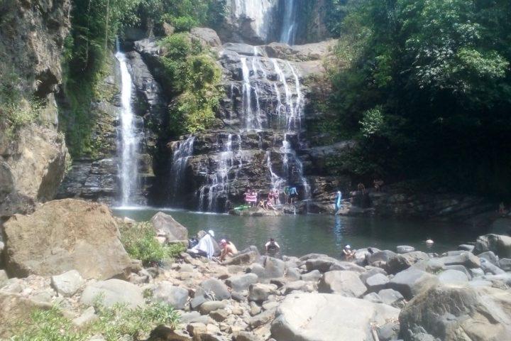 baru waterfall tour dominical beach
